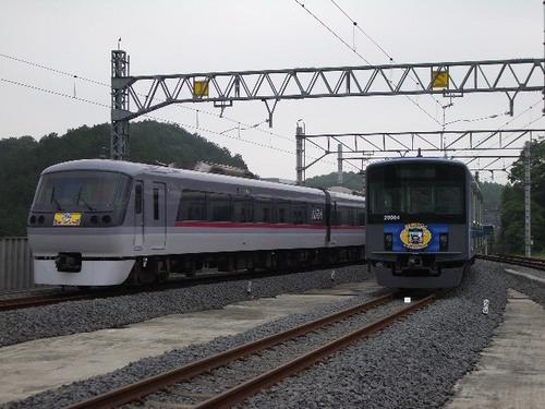 04.イベント列車同士の並び