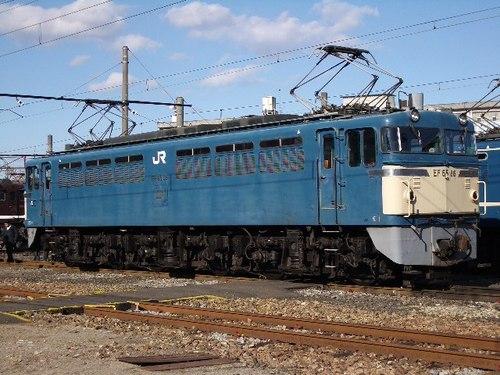 EF65 86