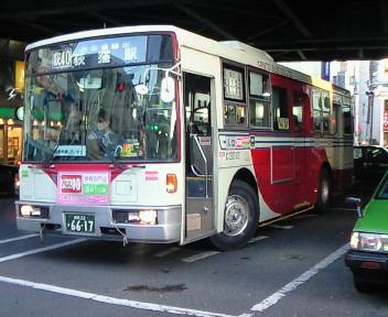 関東バス 3扉車